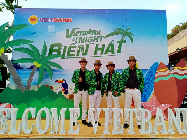 Flamenco Hawaii Tumbadora Band Year End Party Viet Bank Marina Bay Vung Tau 001
