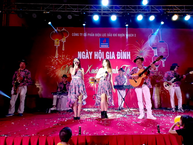 Flamenco Tumbadora Band Điện Lực Dầu Khí Year End Party 002