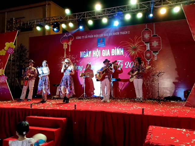Flamenco Tumbadora Band Điện Lực Dầu Khí Year End Party 003