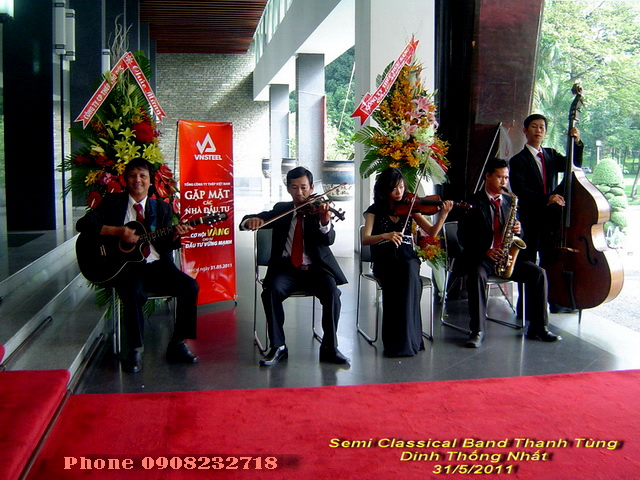 Dinh Thong Nhat Tumbadora Semi Classical band 31 05 2011